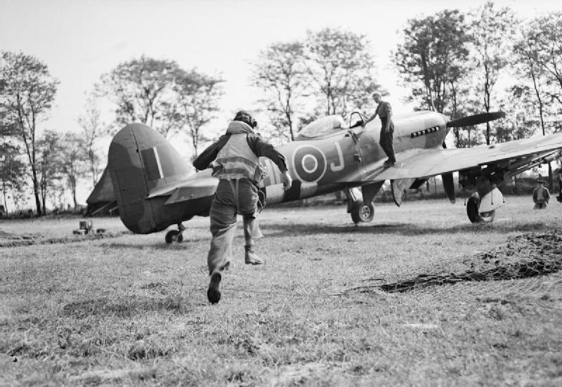 Hawker Typhoon Mk IB fighter bomber