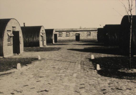 Nissenhutten A kamp (Artillerie-kamp) eind 1945